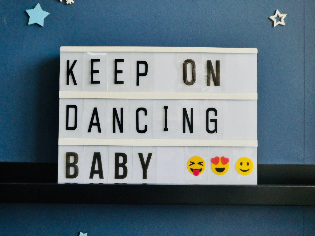Lightbox quote displaying Keep on Dancing Baby